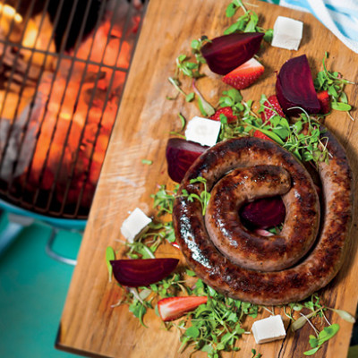 boerewors-with-beetroot-feta-and-strawberry-salad-2819-400x400